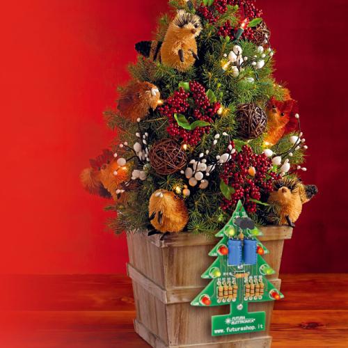 Réalisez facilement un petit arbre de Noël électronique